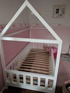 Bett Für Kleinkind : diy hausbett f r kinder baby pinterest kid beds toddler floor bed and bed ~ Orissabook.com Haus und Dekorationen