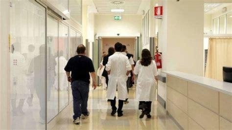 Interesse Privato In Atti D Ufficio - bari concorsi truccati a medicina a 9 anni dall