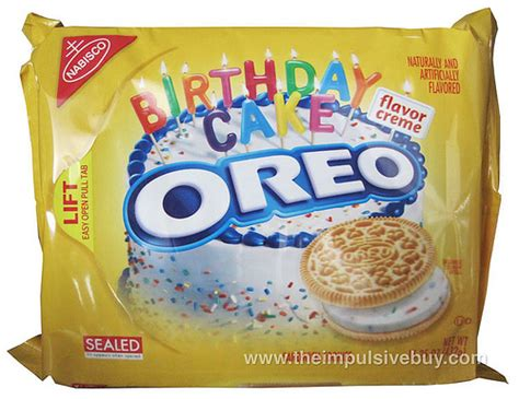 Review Nabisco Birthday Cake Golden Oreo  The Impulsive Buy