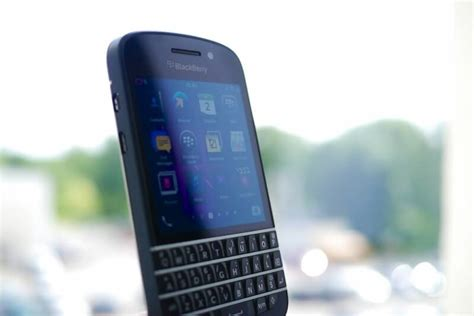 joins whatsapp in dropping support for blackberry techspot