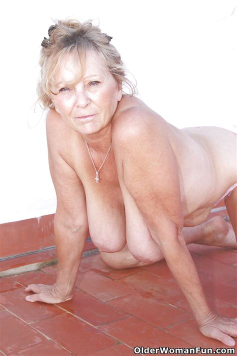 67 year old and british granny isabel from olderwomanfun 14 pics