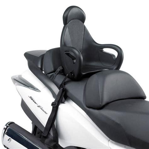 siege auto en fonction de l age transporter votre enfant sur votre moto ou scooter