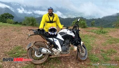 yamaha fz review  owner  completing  kms