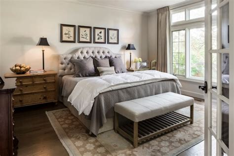 Classy & Elegant Traditional Bedroom Designs That Will