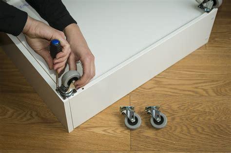 cassetti fai da te come realizzare cassetti sotto il letto con ruote casafacile