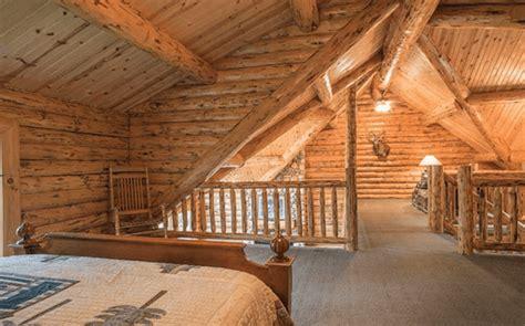 palatial amish built log cabin