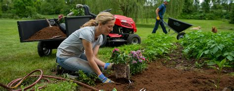 lawn and garden lawn garden expert advice tractor supply co