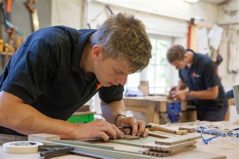 cabinet maker jobs london wwwstkittsvillacom