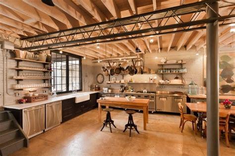 credence murale cuisine cuisine industrielle l 39 élégance brute en 82 photos