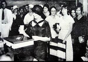 mulheres casadas e com autorização
