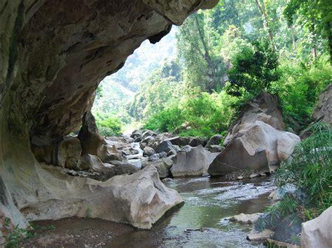 wisata gua sanghyang tikoro  sanghyang poek