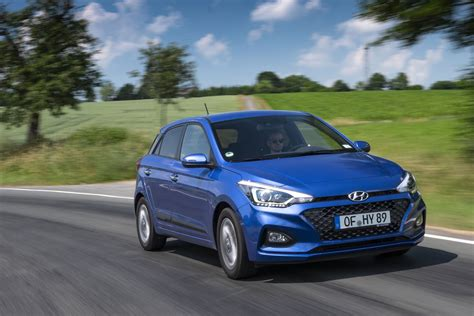 Review Hyundai I20 by New Hyundai I20 2018 Facelift Review Auto Express
