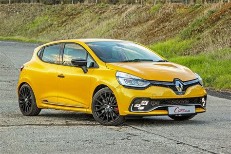 clio renault renault clio rs 220 edc trophy 2017 quick review cars