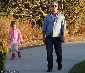 Mel Gibson enjoys an afternoon in the park with his ...