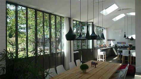 cuisine atelier artiste cuisine réalisé dans une véranda au style atelier d