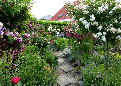 Kleine Gärten Gestalten Beispiele by Kleiner Garten Unz 228 Hlige Gestaltungsm 246 Glichkeiten