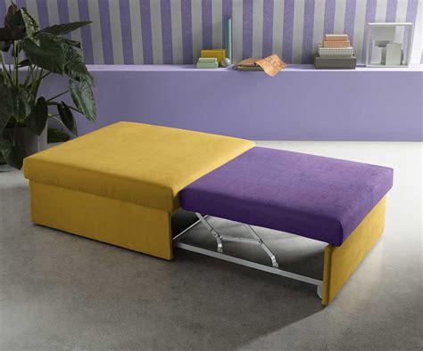 Pouf letto poltronesofà in vendita in arredamento e casalinghi: Pouf letto imbottito estraibile Rosella - DIOTTI.COM