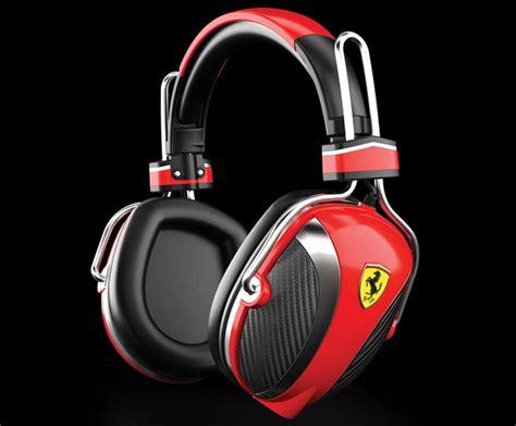casques audio  ecouteurs ferrari