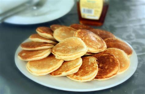recette pancakes hervé cuisine pancakes au lait ribot buttermilk pancakes la recette qui va vous faire arrêter la quête des