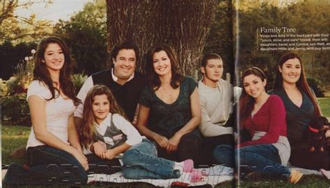 Vince Gill With Wife Amy Grant With Their Daughter Corrina