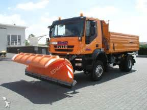 Camion Iveco ribaltabile Meiller trilaterale Trakker AD