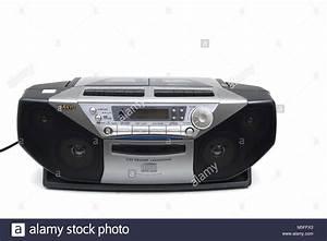 Radio Cd Kassette : sanyo portable cd radio cassette recorder stock photo ~ Jslefanu.com Haus und Dekorationen