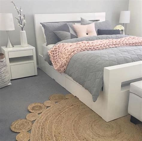 gray white and pink bedroom best 25 pink bedding ideas on pinterest light pink 18822 | c48ac96ab53f988230f2cb0f4dad0382 bedroom d%C3%A9cor bedroom inspo