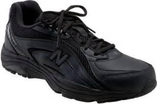 New Balance Black Walking Shoes