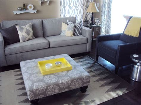 Blue Yellow And Beige Living Room by Living Room Beige Khaki Walls Grey Blue Furniture