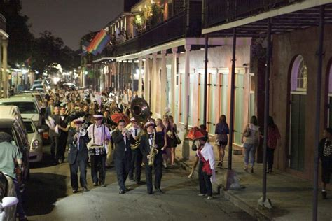 Guide On How To Plan A Second Line Parade In New Orleans