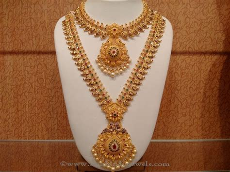 Wedding Jewelry Gold : Latest Indian Bridal Necklace Set From Naj
