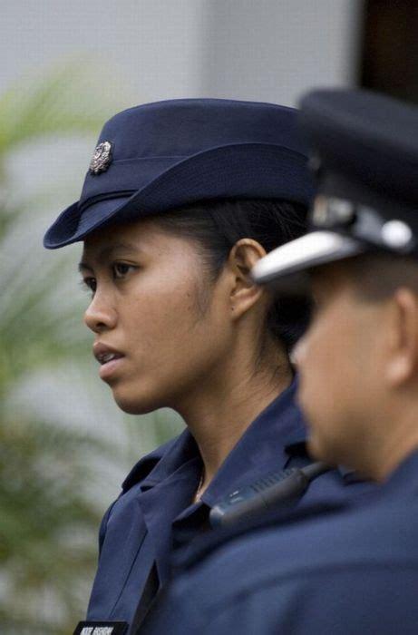 cutest female police officers inthe world oldshotsworld