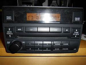 2004  Fm Cd Player 28185