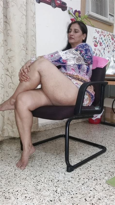 आंटियों की चुदाई तस्वीर [ 30 Hd Photos Of Indian Aunties]