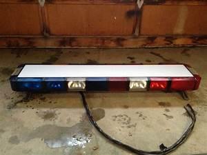 Whelen Edge 9000 Strobe Light Bar For Sale