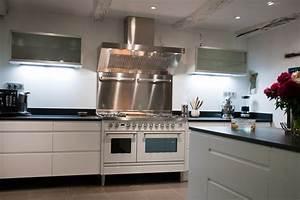 Hote De Cuisson : cuisine avec piano de cuisson ncfor com ~ Premium-room.com Idées de Décoration