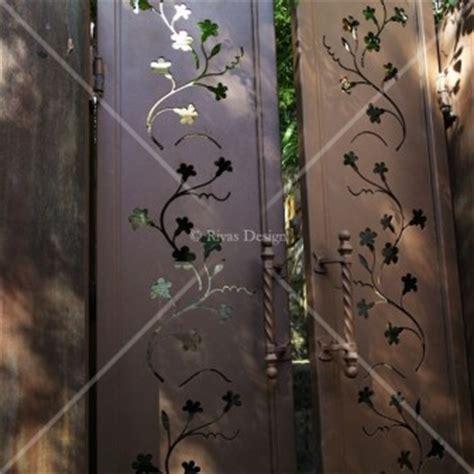 laser cut gates rivas design