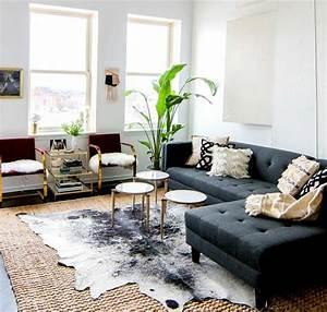 comment adopter la peau de vache dans linterieur With tapis peau de vache avec canape cuir linea sofa