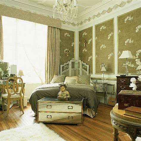 Le Cerf Et La Chouette I & Vintage Bedrooms