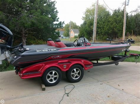 Used Skeeter Bass Boat Trailer by 2013 Used Skeeter 20 Fx Bass Boat For Sale 53 500