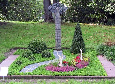 Olav Wir Garten Im Herbst by Die Besten 25 Grabgestaltung Doppelgrab Ideen Auf