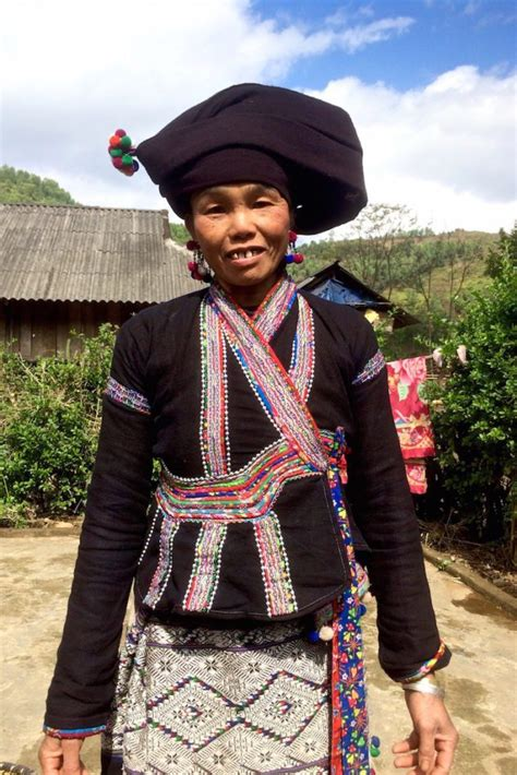 vietnamese textile hill tribes  fashion lover
