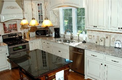 backsplash in kitchens bianco antico granite countertops kitchen backsplash 1424