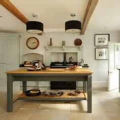 pictures of antiqued kitchen cabinets farmhouse style kitchen on farmhouse kitchens 7438