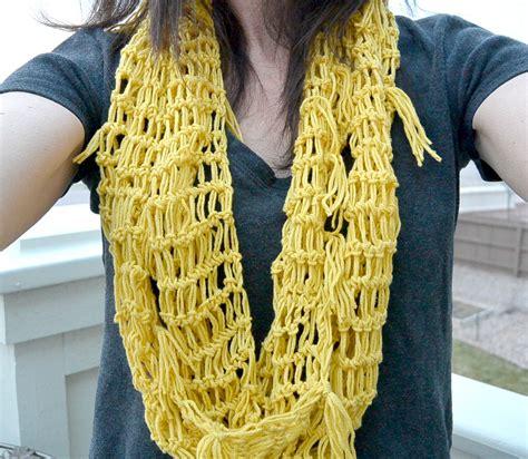 easy crochet spring scarf mama   stitch