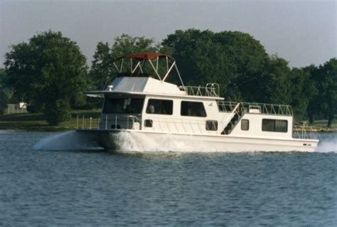 Houseboats Utilities by The Boat Sold Houseboat Magazine