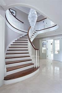 Escalier De Maison Interieur : l 39 escalier tournant en 40 jolies photos ~ Zukunftsfamilie.com Idées de Décoration