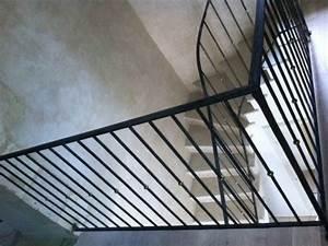Rambarde Fer Forgé : rampe et rambarde d 39 escalier barreaux droits martel s en ~ Dallasstarsshop.com Idées de Décoration