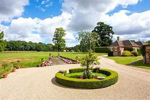 Immaculate Grade II listed country house with equestrian ...