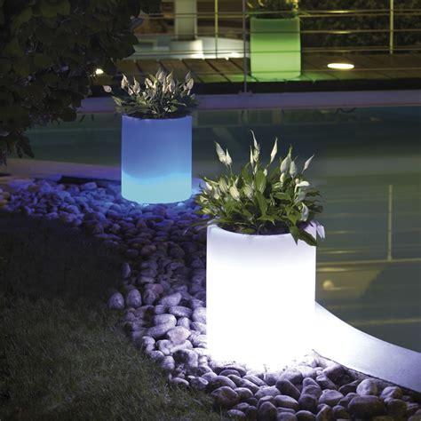 vaso in resina vaso luminoso in resina per piante echo light nicoli